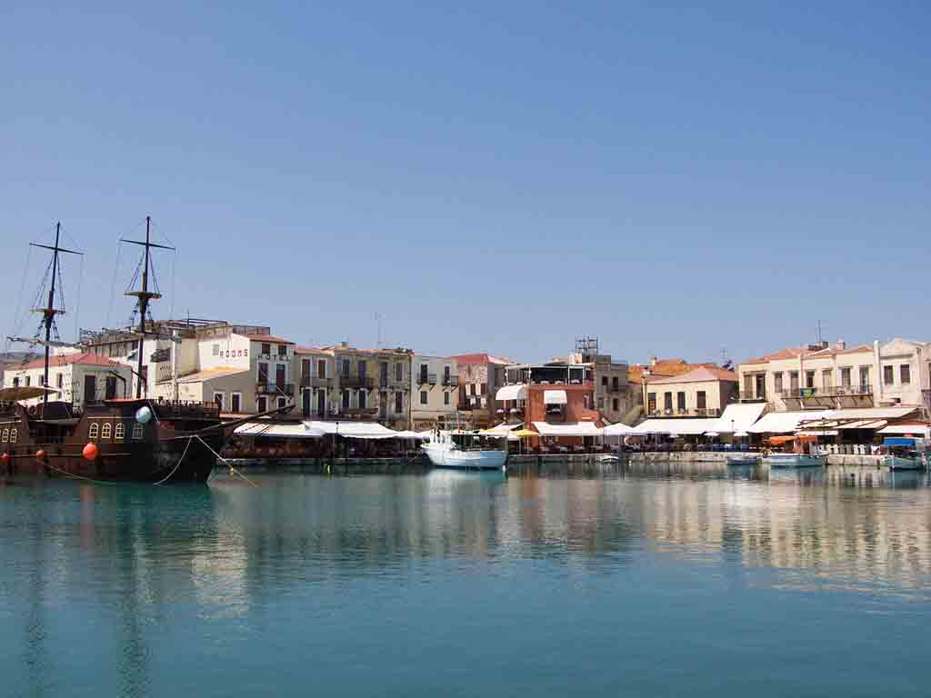 Rethymno_Harbour