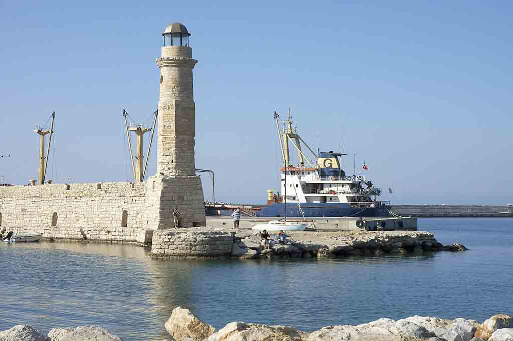 Rethymno_lighthouse