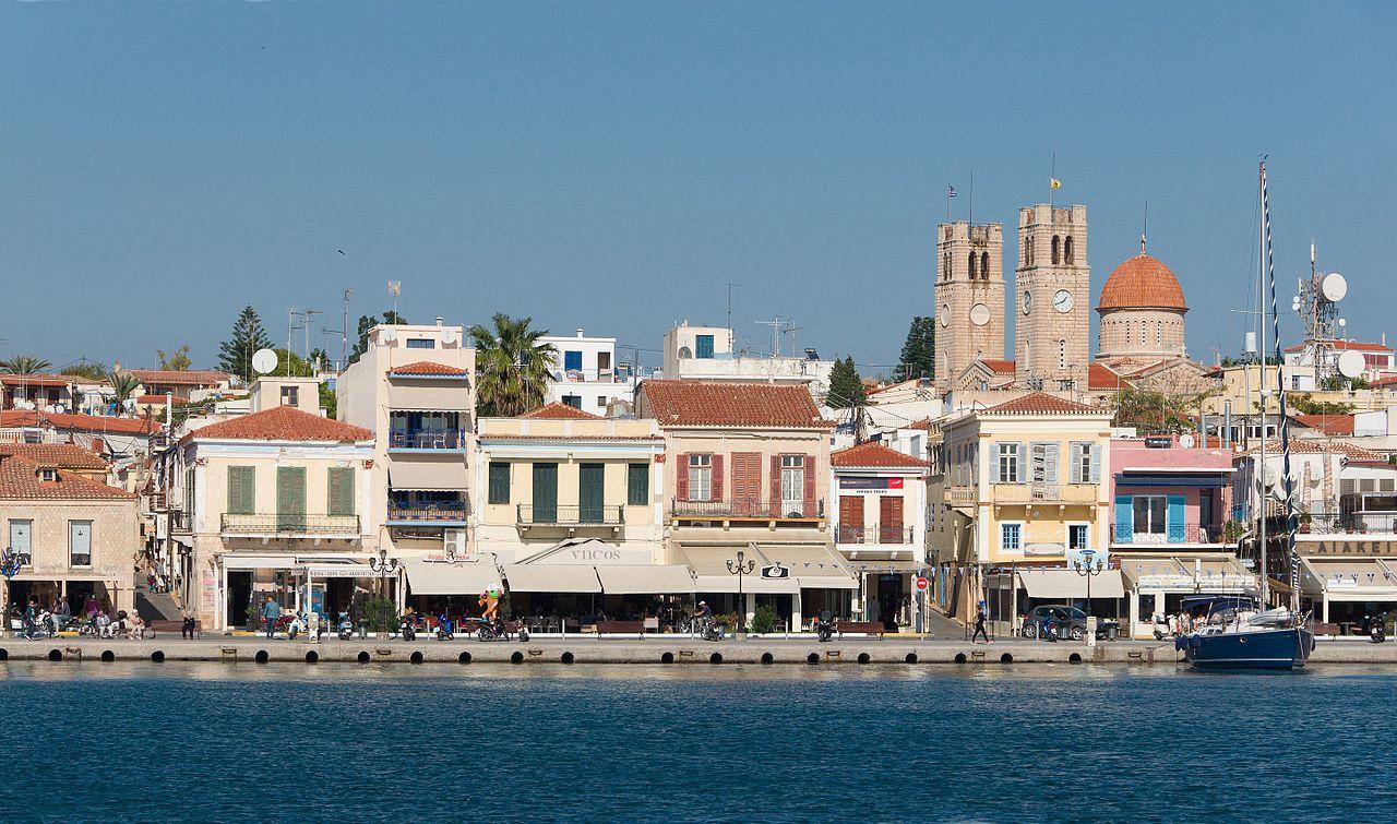 Aegina_harbour_1