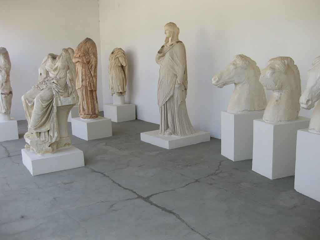 Chalkis-Archaelogical-Museum