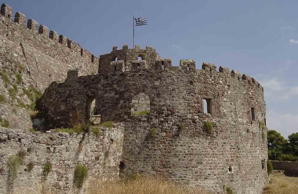Mytilene_medieval_castle_SouthWest